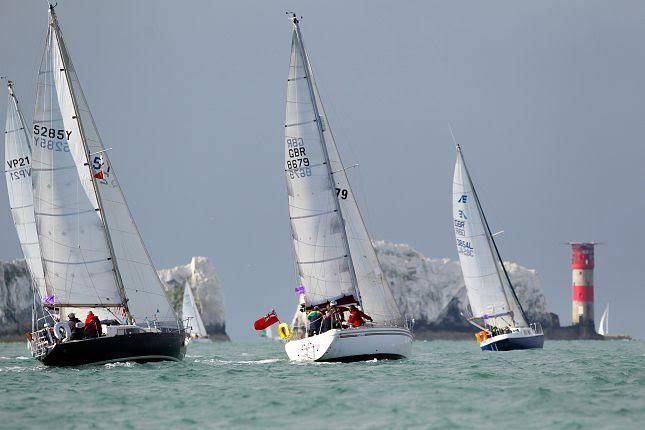 Blackthorne Round the Island Race Team Top 500